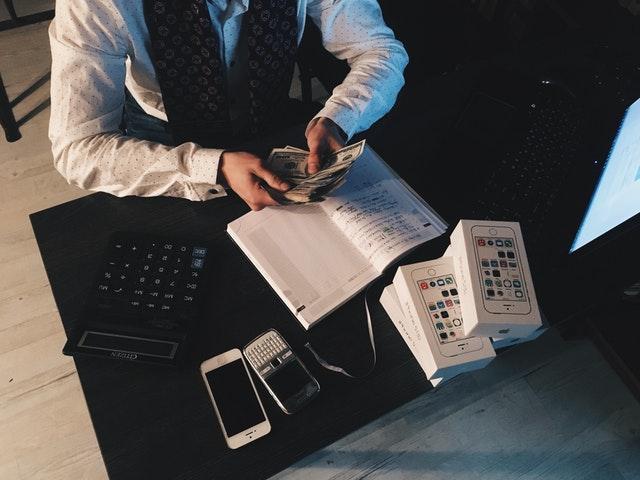 Jak si správně půjčit peníze?