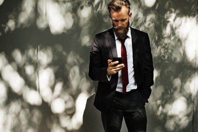 Komunikace přes telefon